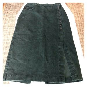 Vintage green denim maxi skirt buttonside